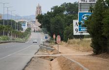 L'avinguda de Tarragona habilita voreres per accedir a Mas Abelló i Mas Carpa