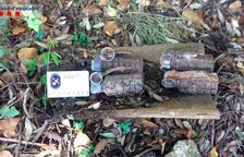 Troben quatre granades de mà de la Guerra Civil al costat d'un mas a Mont-ral