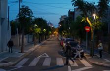 Veïns de Mas Pellicer, Fortuny i Xalets Quintana denuncien carrers foscos