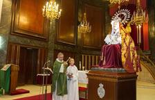 Donen a la Mare de Déu de la Soledat un vestit i agulles d'ametistes