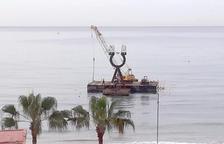 Torredembarra retira l'Alfa i Omega del mar