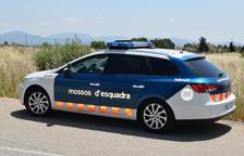 Dos turismes implicats en un accident de trànsit a Calafell
