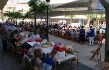 Més de 200 participants a la Trobada de Puntaires de l'Hospitalet de l'Infant