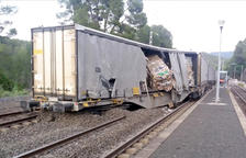 Descarrila un tren de mercaderies, que obliga a tallar la circulació de la R15 entre Móra la Nova i el Pradell