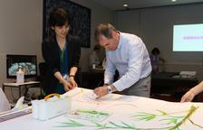 Els quadres de l'alcoverenc Jordi Isern emocionen a una invident japonesa