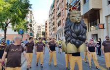 Un concierto de habaneras cierra las fiestas en el barrio del Carme