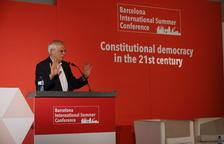 Borrell descarta el dret a l'autodeterminació i emplaça el Govern a tractar els problemes «reals»