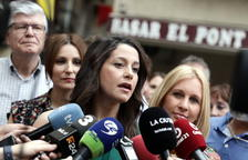 Inés Arrimadas: «Els congressos de Convergència sempre acaben igual, amb un nou nom i amb més divisió interna»