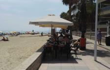 Cambrils autoritza terrasses de bar al tram de passeig del 'top manta'