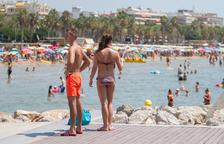 Los lectores del Diari Més prefieren la piscina privada para luchar contra el calor