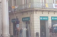 Ciutadans reivindica la retirada de la pancarta per la llibertat dels presos de l'Ajuntament de Reus
