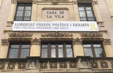 La Junta Electoral obliga a despenjar pancartes de suport als presos a Valls, Alcover i Querol