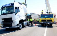 Calvet exigeix a l'Estat que aprovi ja les bonificacions per treure «d'una vegada per totes» els camions de l'N-340