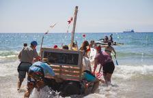El espíritu festivo de Sant Magí se apodera de las playas