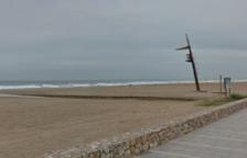 En estat greu un home de 81 anys després d'ofegar-se a la platja de Calafell