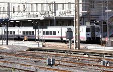 El Parlament demana una connexió directa entre les estacions de Tarragona i del Camp