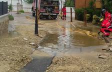 Aparece un agujero en Roda de Berà por las lluvias
