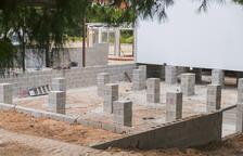 Comencen a instal·lar els nous barracons de l'institut Martí Franquès