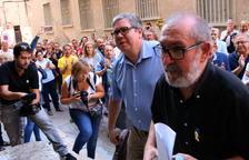 L'alcalde de Roquetes declara als jutjats pels llaços grocs al mobiliari urbà