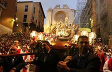 La Professó del Braç de Santa Tecla omple els carrers de la Part Alta