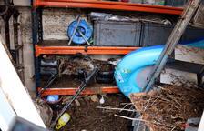 El desbordament del barranc de Llop causa greus desperfectes a la urbanització Serramar d'Alcanar Platja