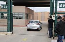 Els set presos a Lledoners conviden per carta Arrimadas i Albiol a visitar-los a la presó