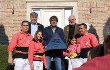 La Colla Vella dels Xiquets de Valls viatja a Bèlgica i lliura el premi del Concurs de Castells a Puigdemont