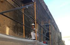 Constantí realitza actuacions preventives per apuntalar la muralla