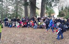 Els nens i nenes de l'Espluga busquen els seu Tió al Parc de Natura el Garber