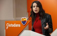 Arrimadas: «Torra és un perill per la convivència i la democràcia en apel·lar a la violència i al conflicte civil»
