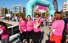 Más de 2.000 mujeres caminan y corren contra el cáncer de mama en Segur de Calafell