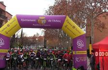 Cerca de 400 personas participan en la I Cursa i Pedalada BTT de l'Arboç