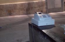 Una caixa enregistradora apareix al carrer de la Nau
