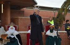 Ballesteros entrega las llaves de los barrios de Ponent a los Reyes Magos