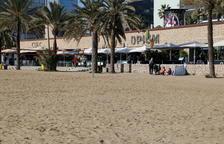 Aparece una mujer muerta en la playa de Barcelona