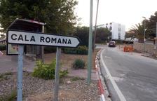 El canvi de canonades d'aigua a Cala Romana porta 4 mesos de retard