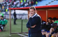 El Córdoba destitueix a Curro Torres i nomena Rafael Navarro com a nou entrenador
