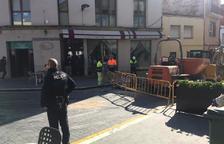 Desallotgen una cafeteria i un comerç a Calafell per una fuita de gas a la plaça Catalunya