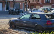 Diversos vehicles abandonats «més d'un any» a Bonavista i la Canonja