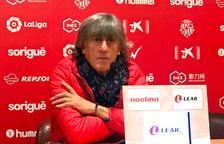Enrique Martín: «Guanyar a l'Oviedo seria fer un pas més i seguir avançant»