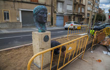 Constantí instala el busto dedicado al emperador que le da nombre al pueblo