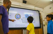 L'Escola Saavedra forma aplicant les noves tecnologies i la robòtica