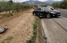 Tres ferits lleus en un accident de trànsit entre dos cotxes a Alcover