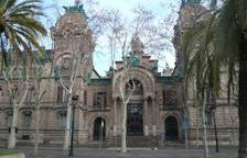 Demanen gairebé 11 anys de presó per a dos mossos per ajudar una banda de narcos
