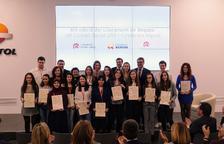 Repsol i la URV lliuren 19 beques a joves estudiants