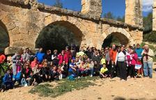 150 persones celebren la I Caminada Solidària per l'Autisme