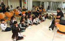 Contacontes, música i berenar a la Festa Infantil del Poble Gitano