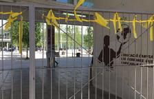 La Junta Electoral ordena a la URV retirar els llaços i les pancartes a favor dels presos