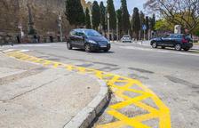 L'Ajuntament de Tarragona elimina l'aparcament de motos de davant la Muralla, a la Via de l'Imperi