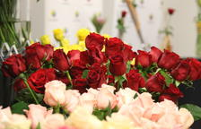 Roses amb complements naturals, principal tendència d'aquest Sant Jordi